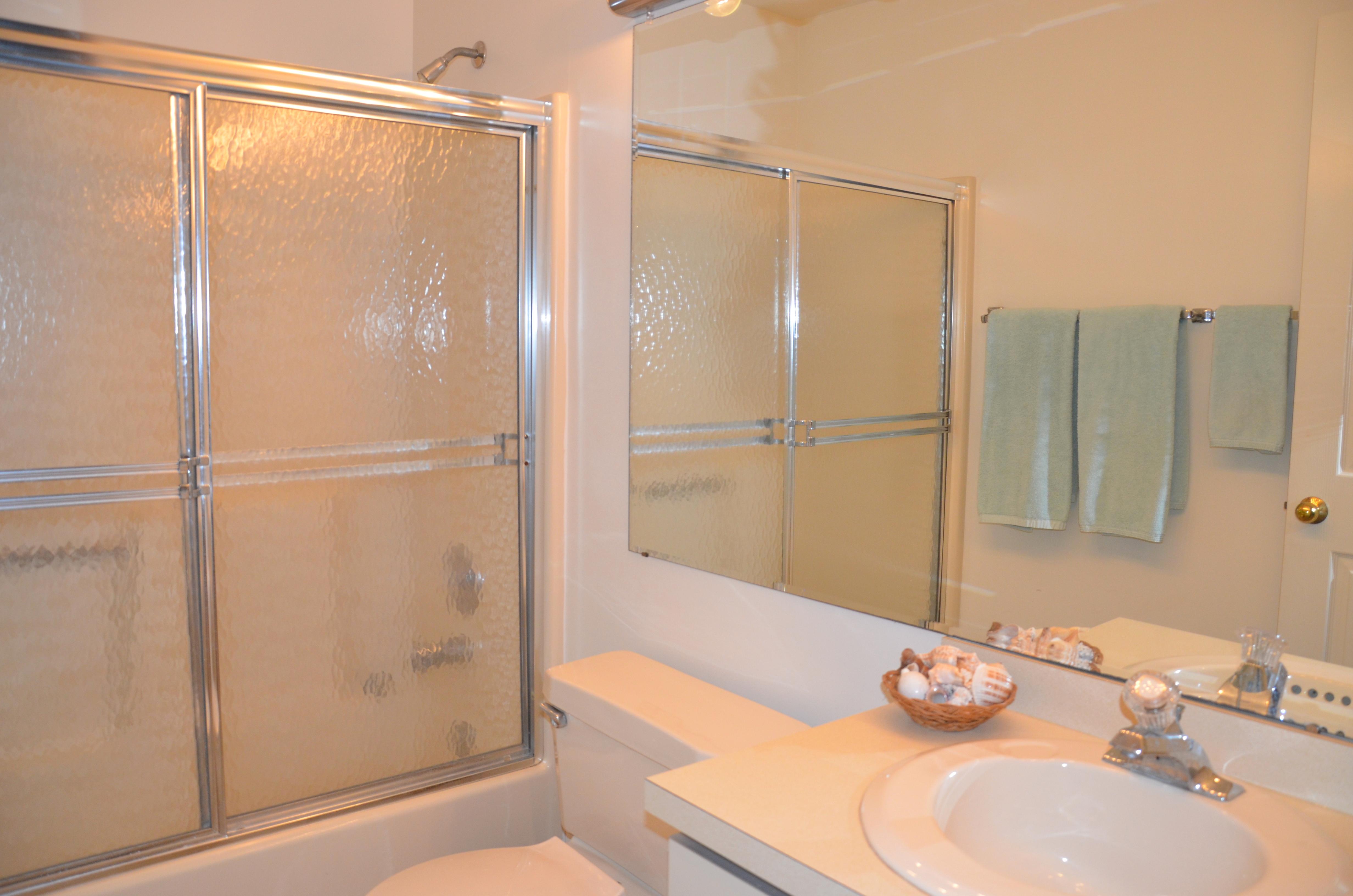 101 Southpoint Bathroom.JPG