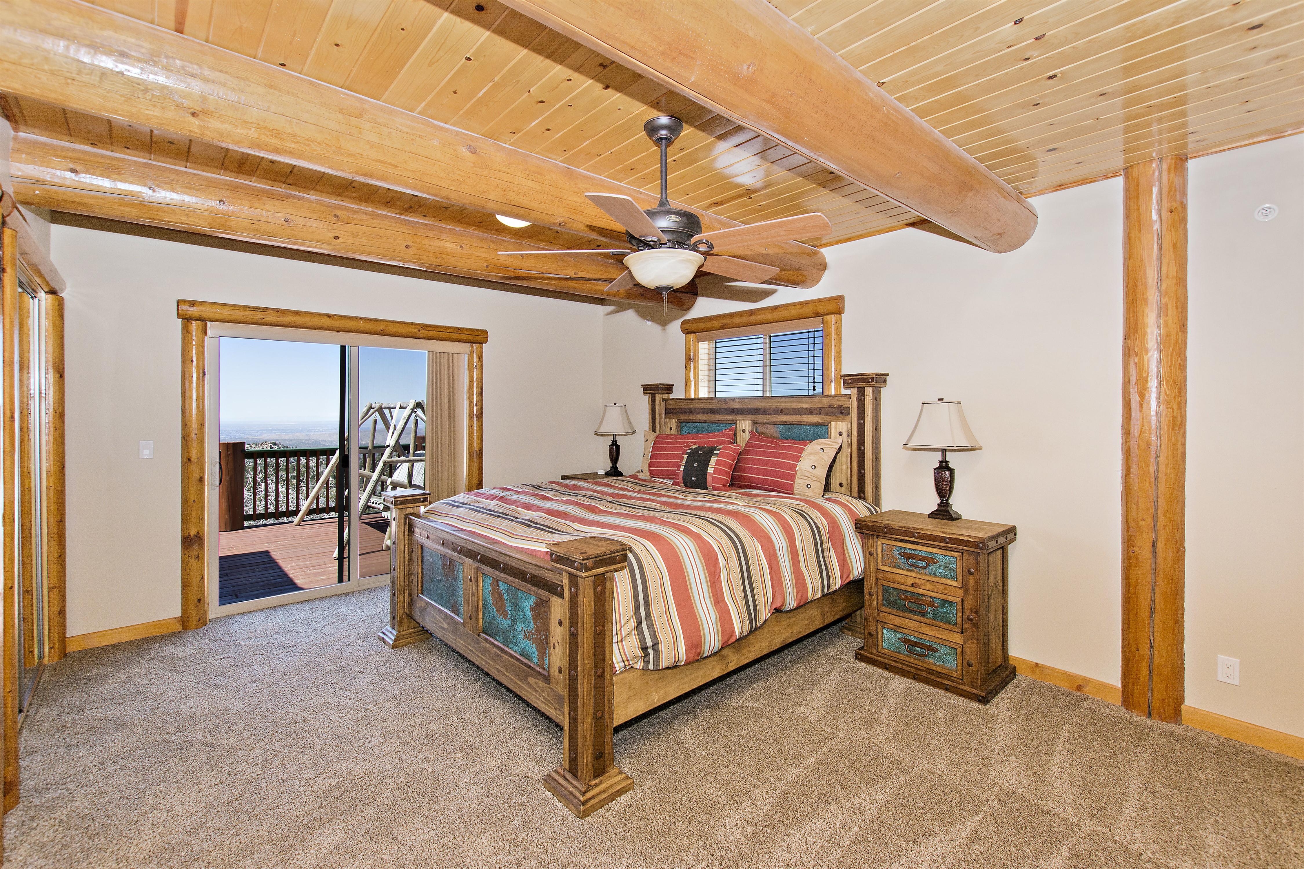 375 Trails End Big Bear Realtors Master Bedroom.jpg