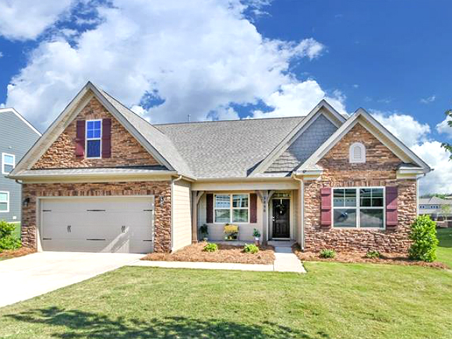 4-bedroom home with designer upgrades, just minutes from Lake Norman!