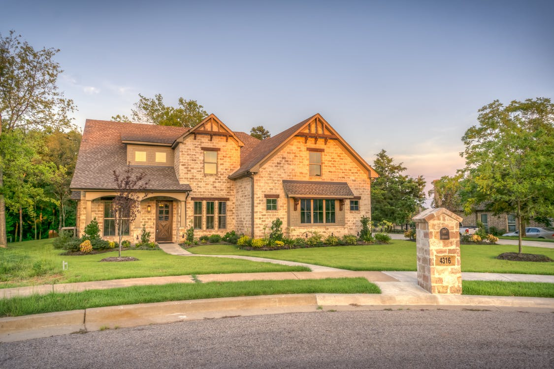 SLAM Method for Comparing Houses for Sale in Michigan