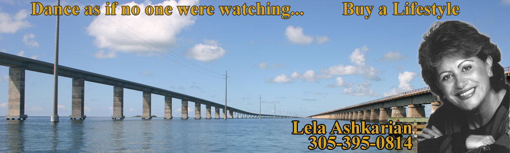 Seven Mile Bridge with Lela Banner.jpg