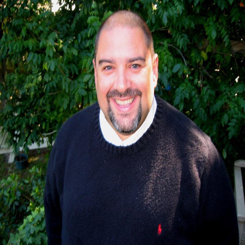 Ruben Vera, Broker Associate