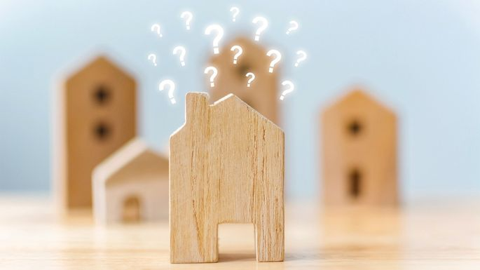 Crucial-Questions-to-ask-Before-You-Buy-a-House.jpg