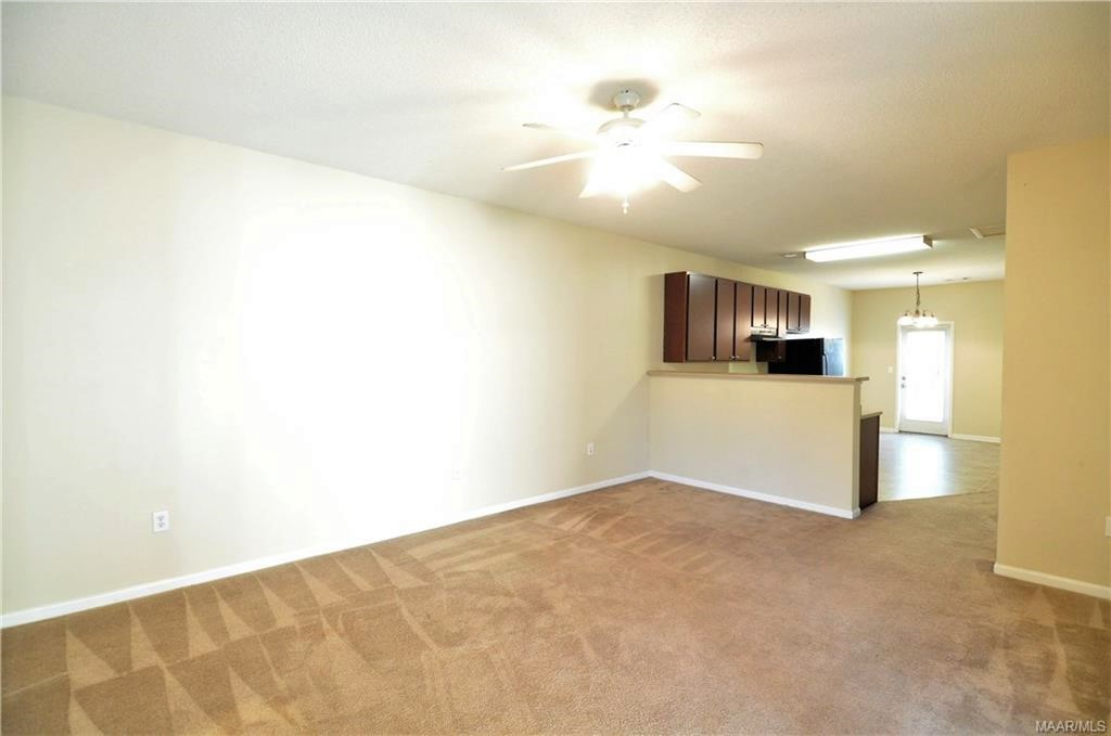 FOR RENT IN ELMORE! 2 BED 2 BATH AT 119 PINE MEADOW CIRCLE