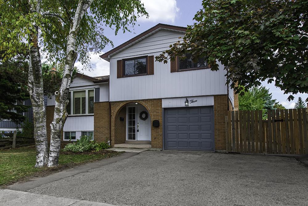 3 Avonmore Crescent Orangeville EXCLUSIVE Real Estate Listing