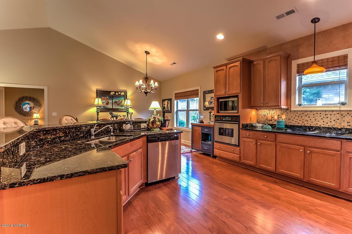 922 spicebush kitchen.jpg