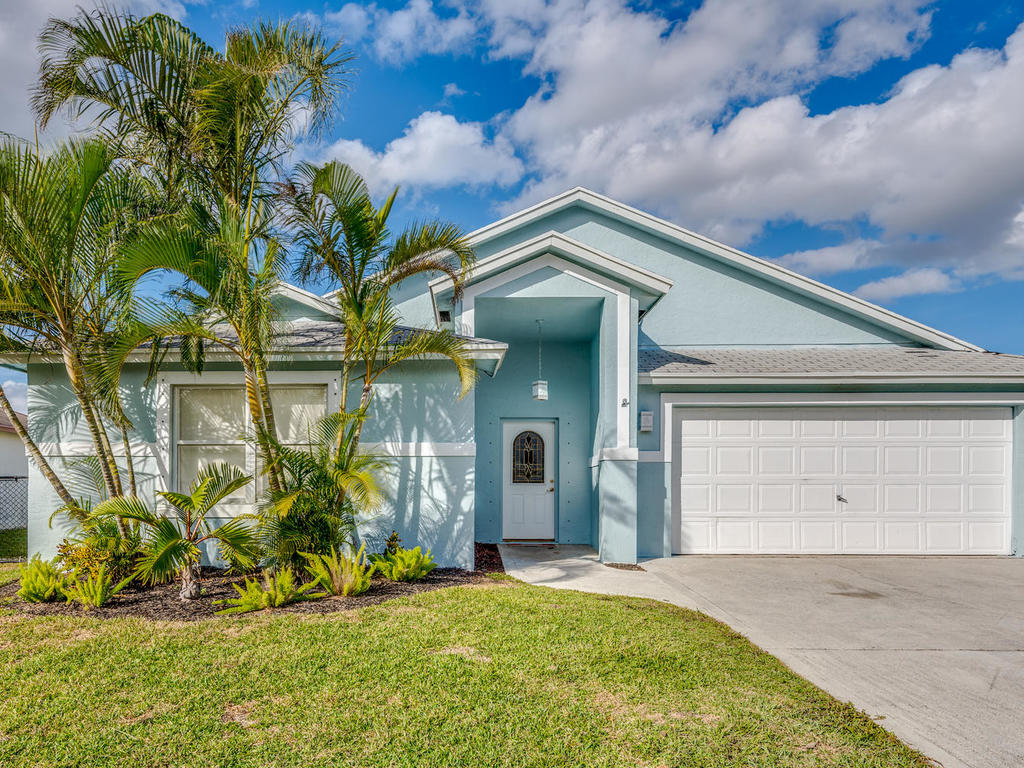 Just Listed!  Charming Home in Normandy Isles!