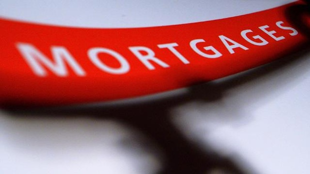 Average US rate on 30-year mortgage jumps to 3.98%