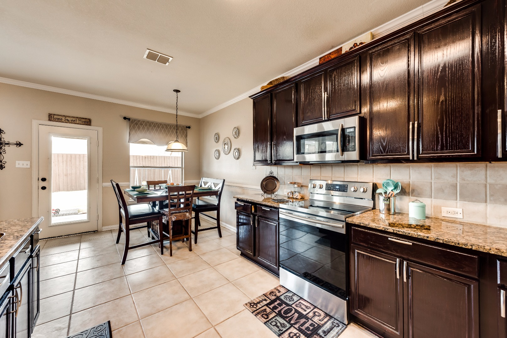 3033large kitchen frisco.jpg