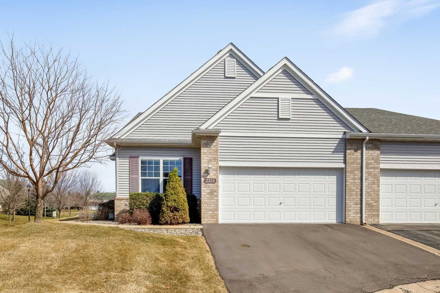 Web-Friendly-2358-Beech-Street-West-Rosemount-MN-1.jpg