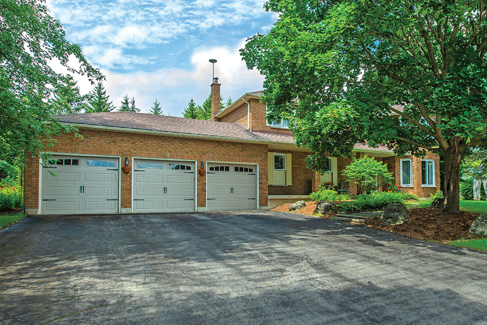 14 Willow Crescent, Mono Real Estate MLS Listing