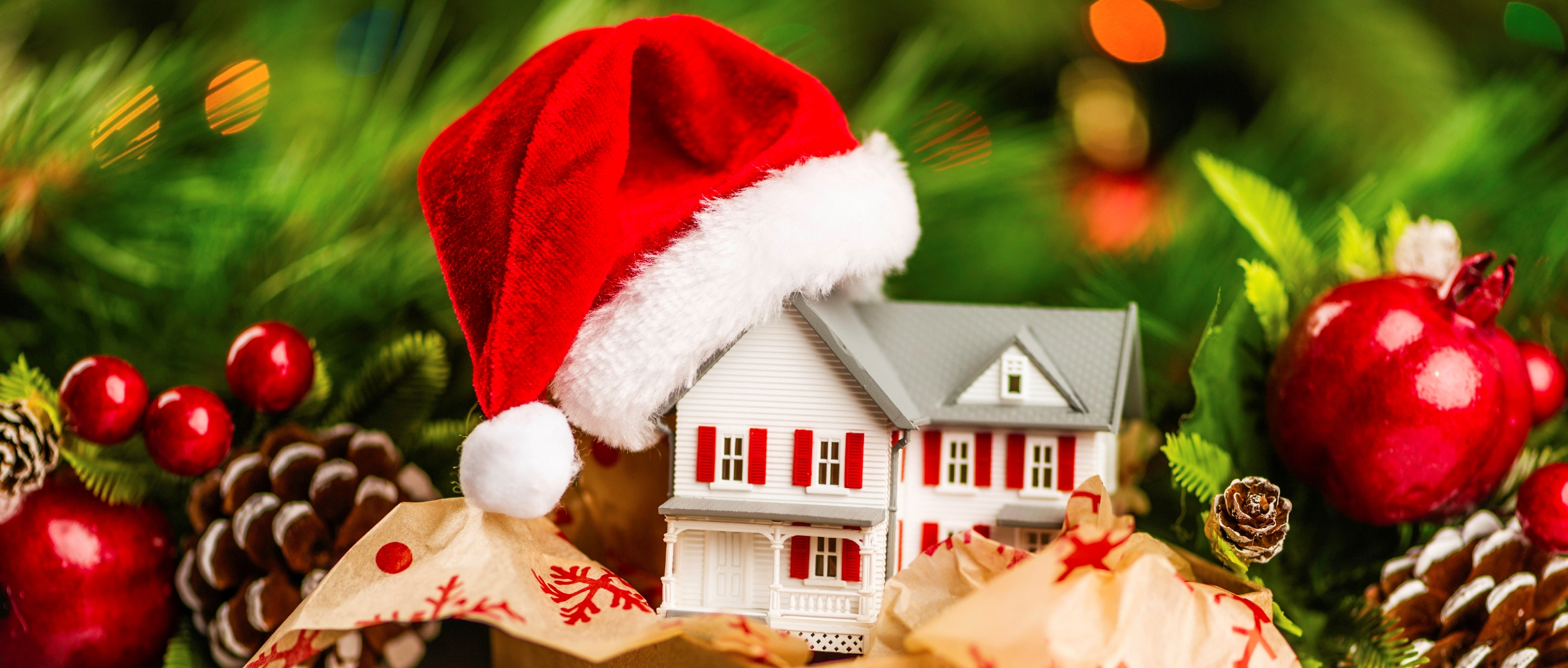 5 Reasons To Buy A Home During The Holidays!