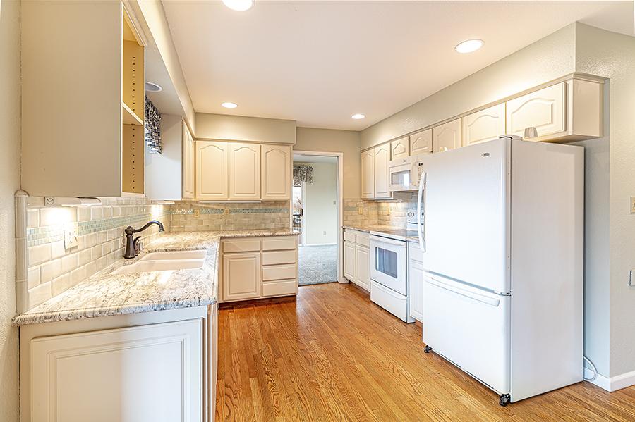 homeland kitchen .jpg