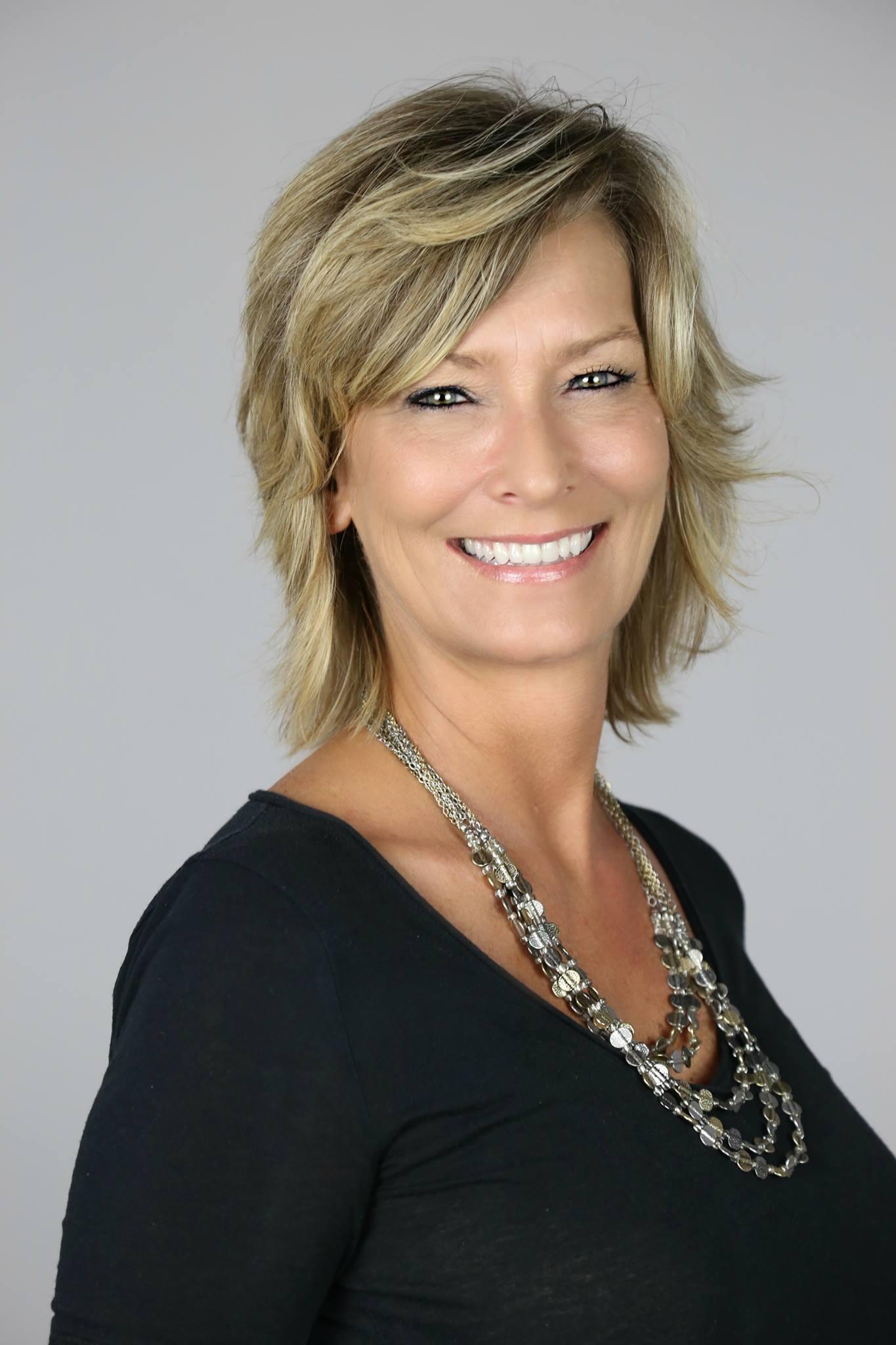 Sharon Lindsey.jpg