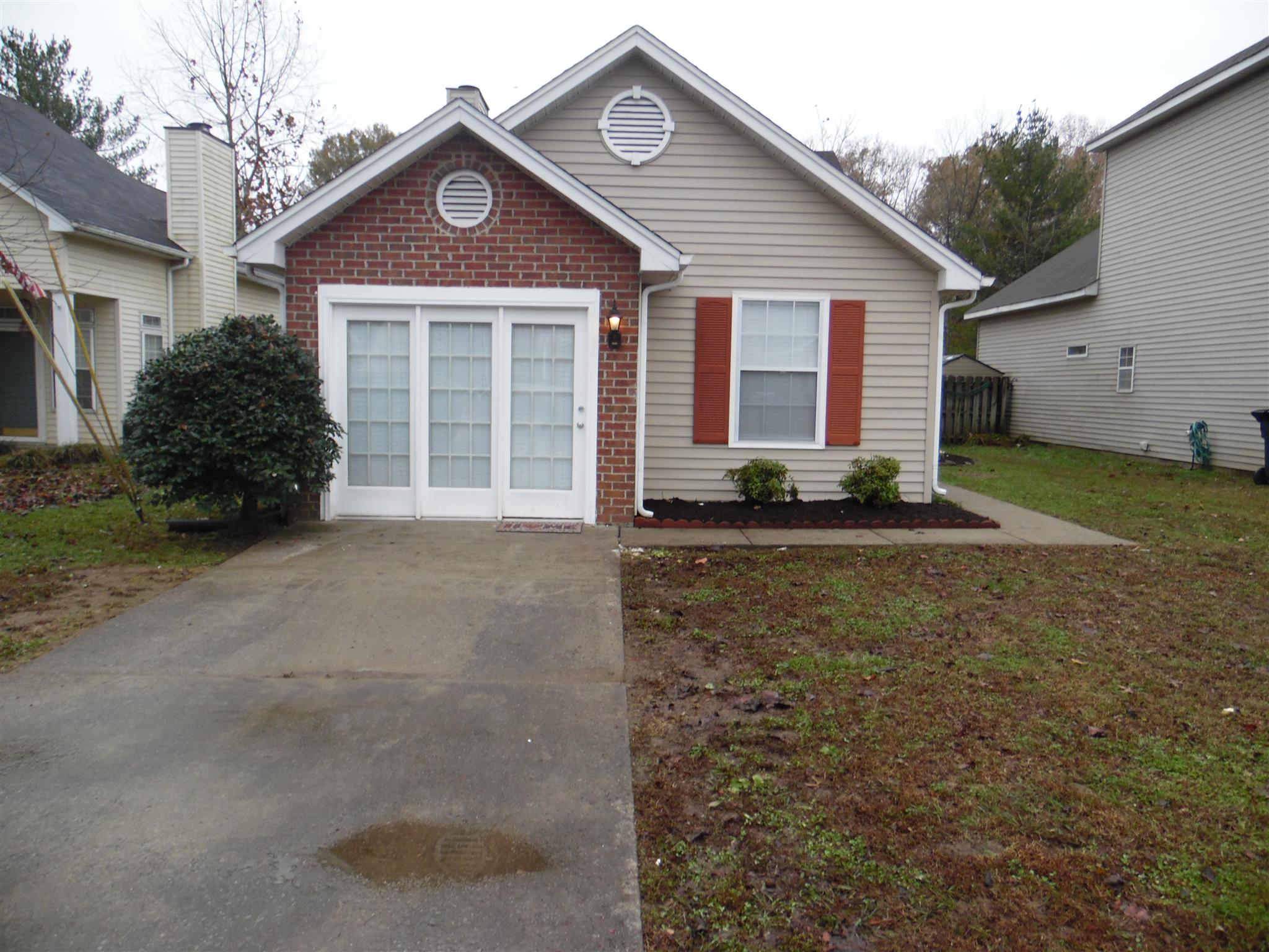Just in time for Christmas Home For Sale at 2008 Valley Dr Goodlettsville TN