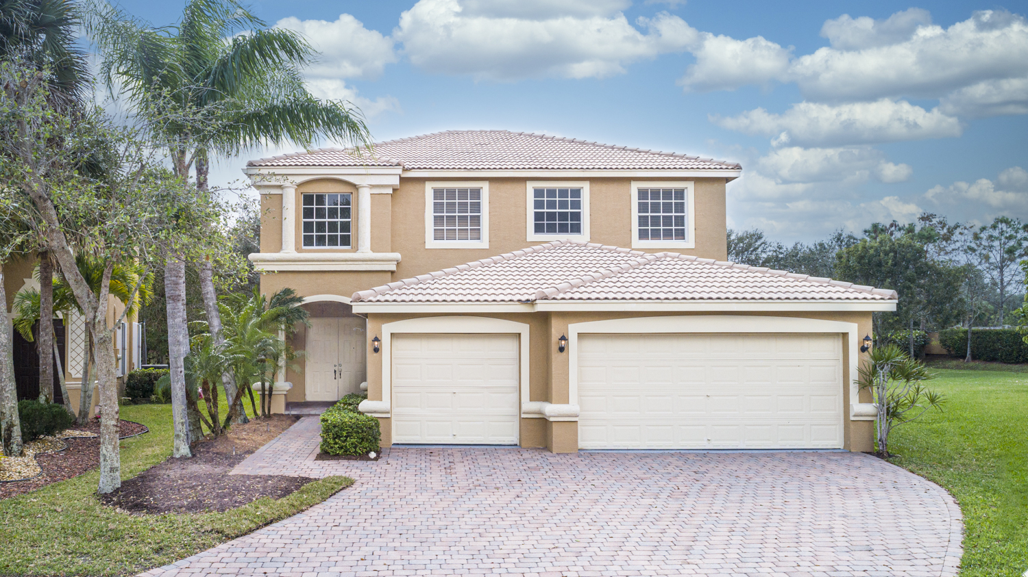 Just Listed!  Stunningly Renovated Home in Lake Worth
