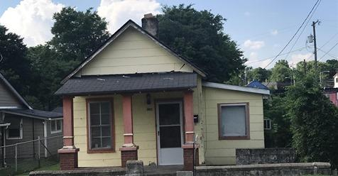 Great Investment Opportunity***Bring Your Offers!  1810 Knowles, Nashville, TN, 37208