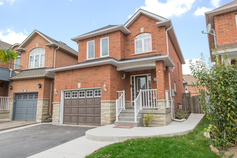 13 Brambirch Crescent Brampton