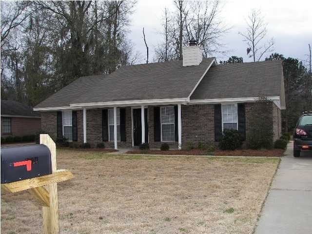 FOR RENT IN MONTGOMERY! 3 BED 2 BATH AT 5724 SWEET MEADOW DRIVE