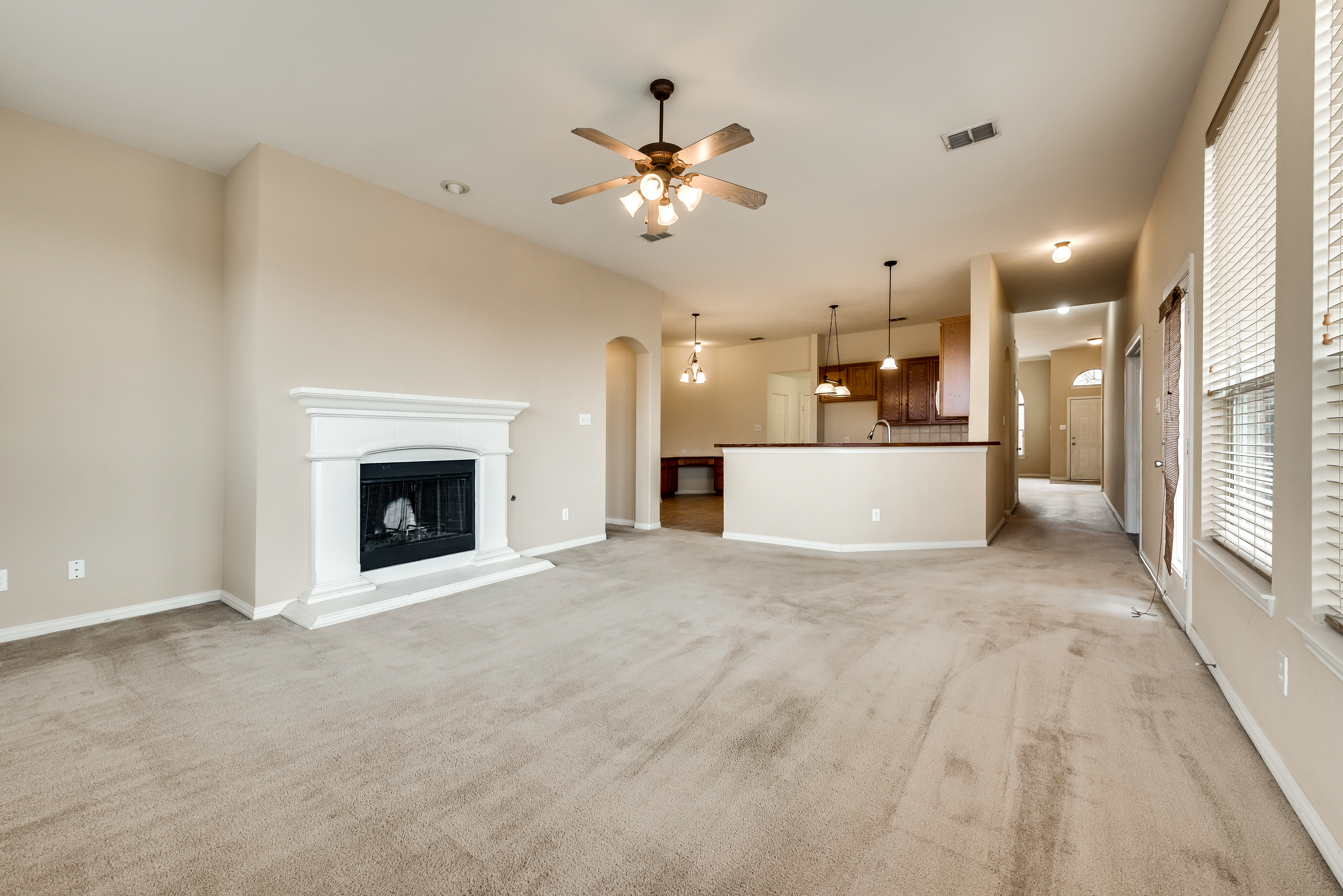 2929 B open floor plan.jpg