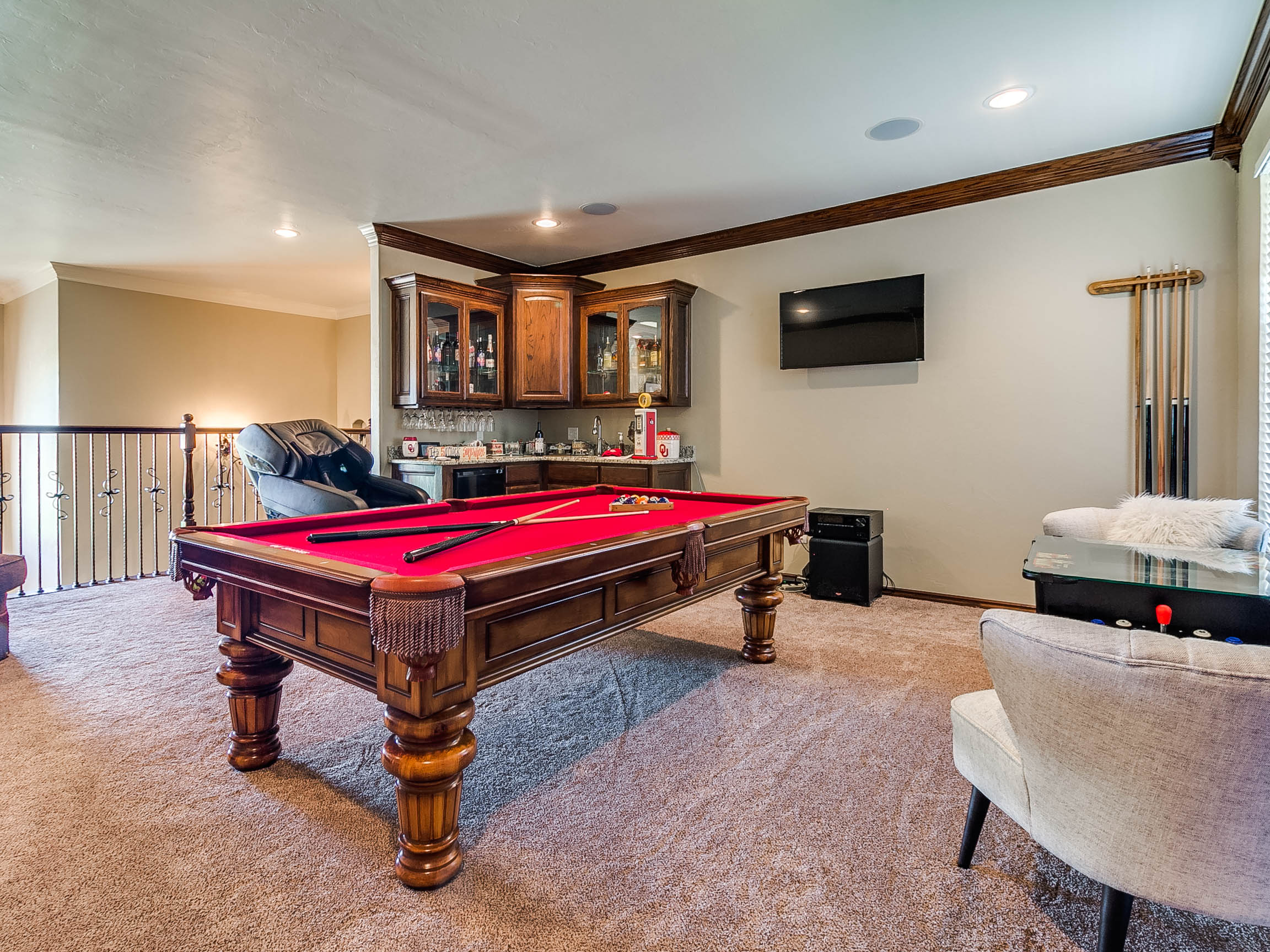 2265_clubhouse_dr-49.jpg