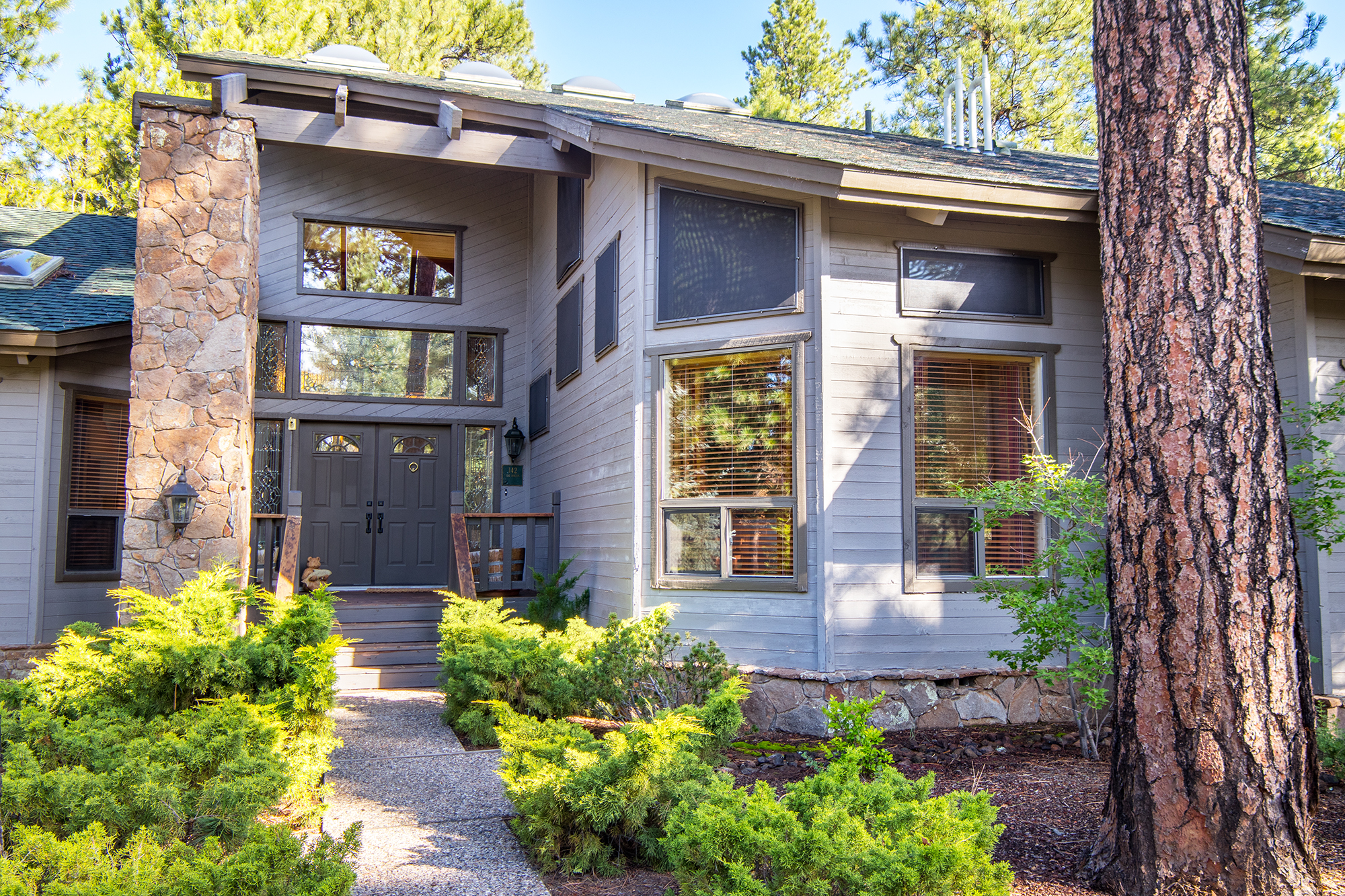 HUGE Price Reduction in Forest Highlands!