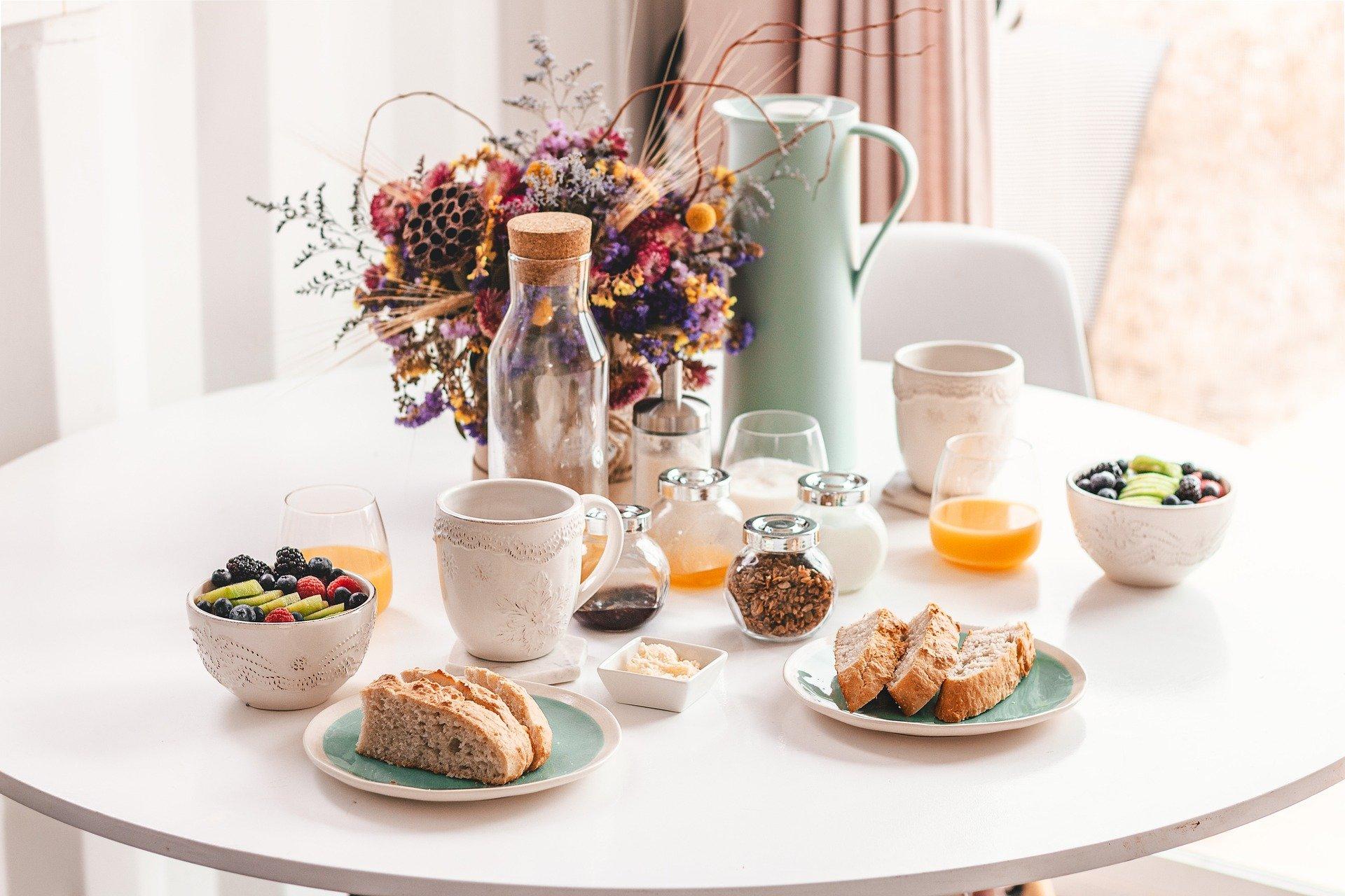 breakfast-4234067_1920.jpg