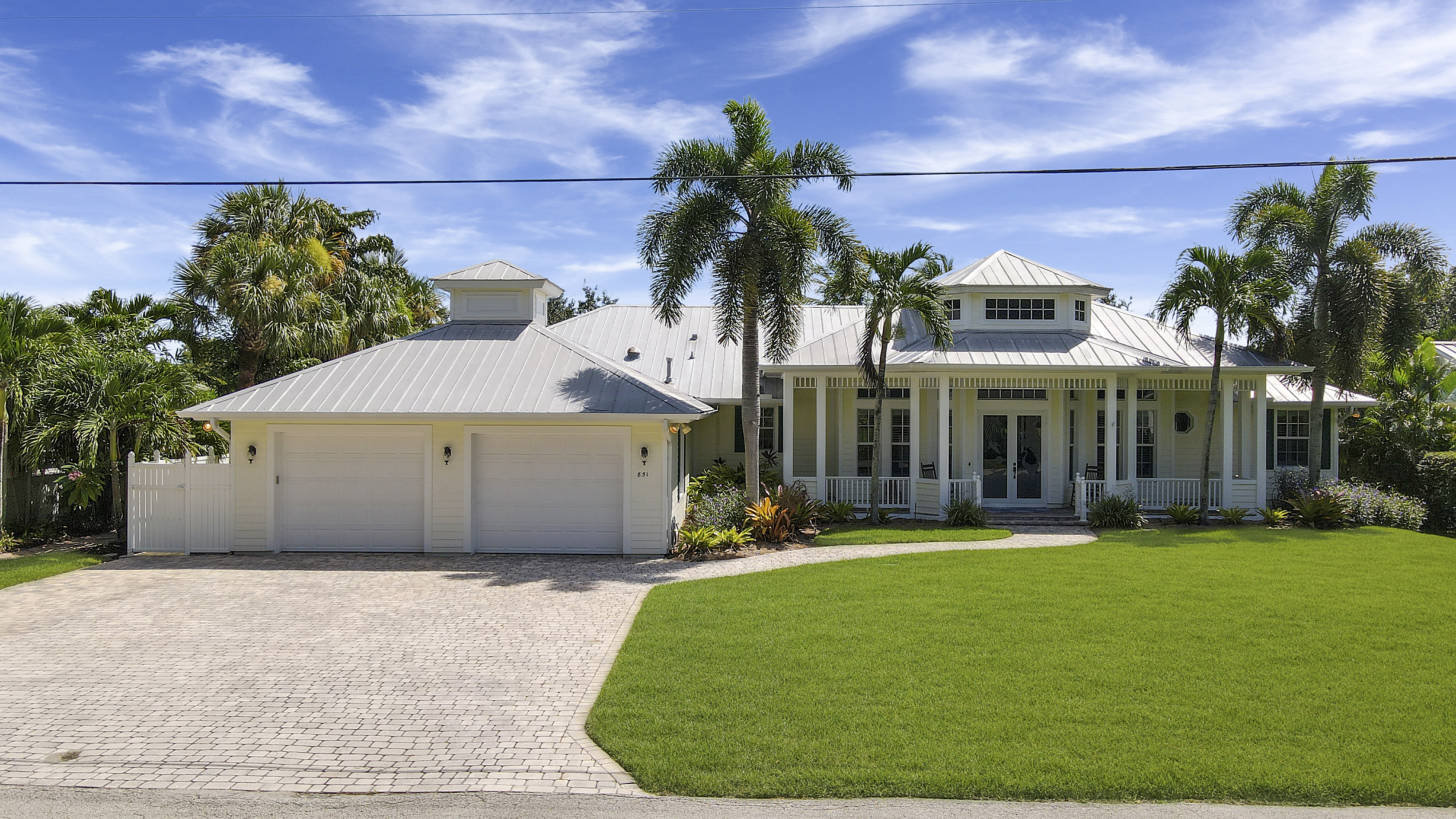 Hot New Listing!  Boater's  Paradise in Palm City!
