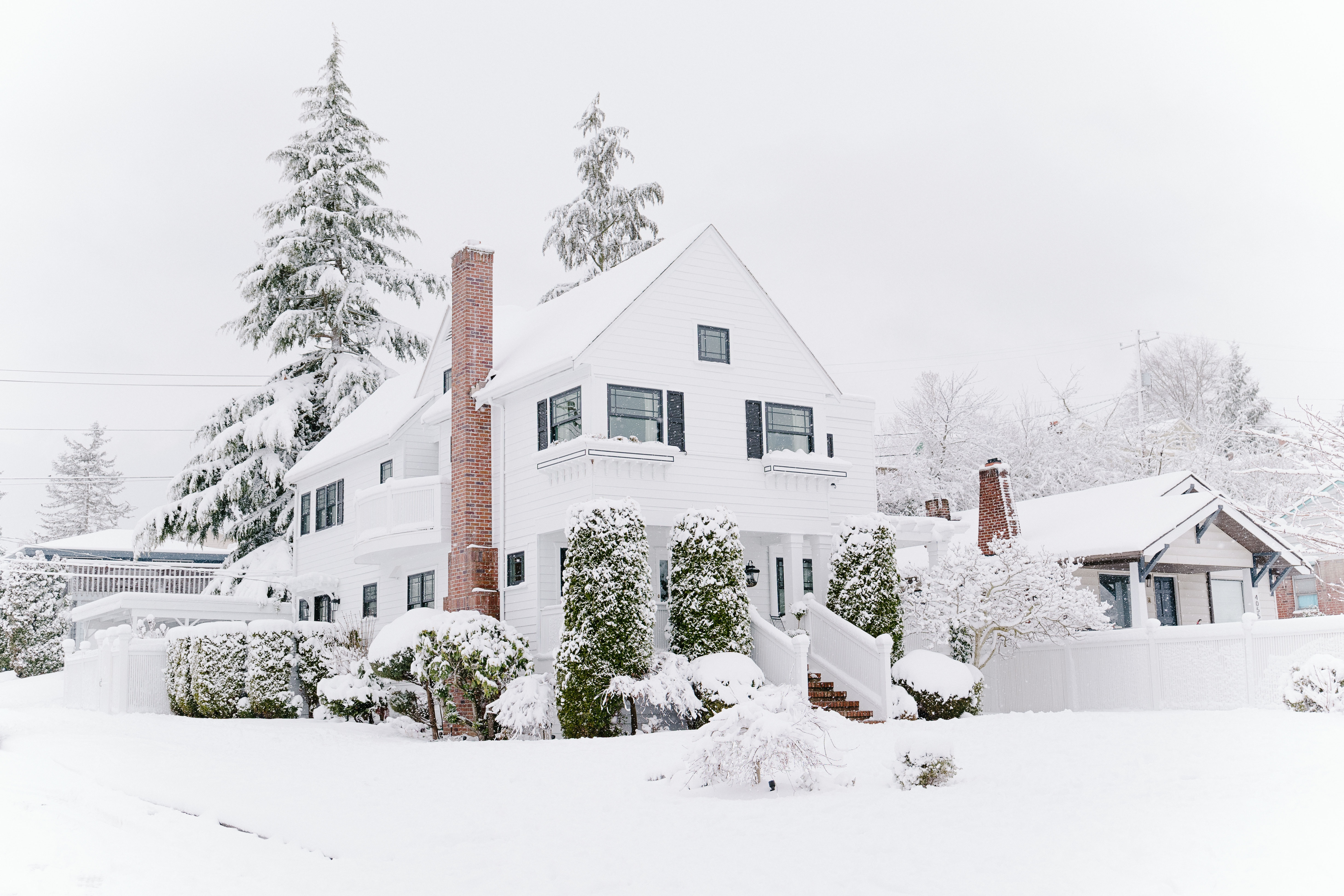 Why You Should Buy a Home This Winter
