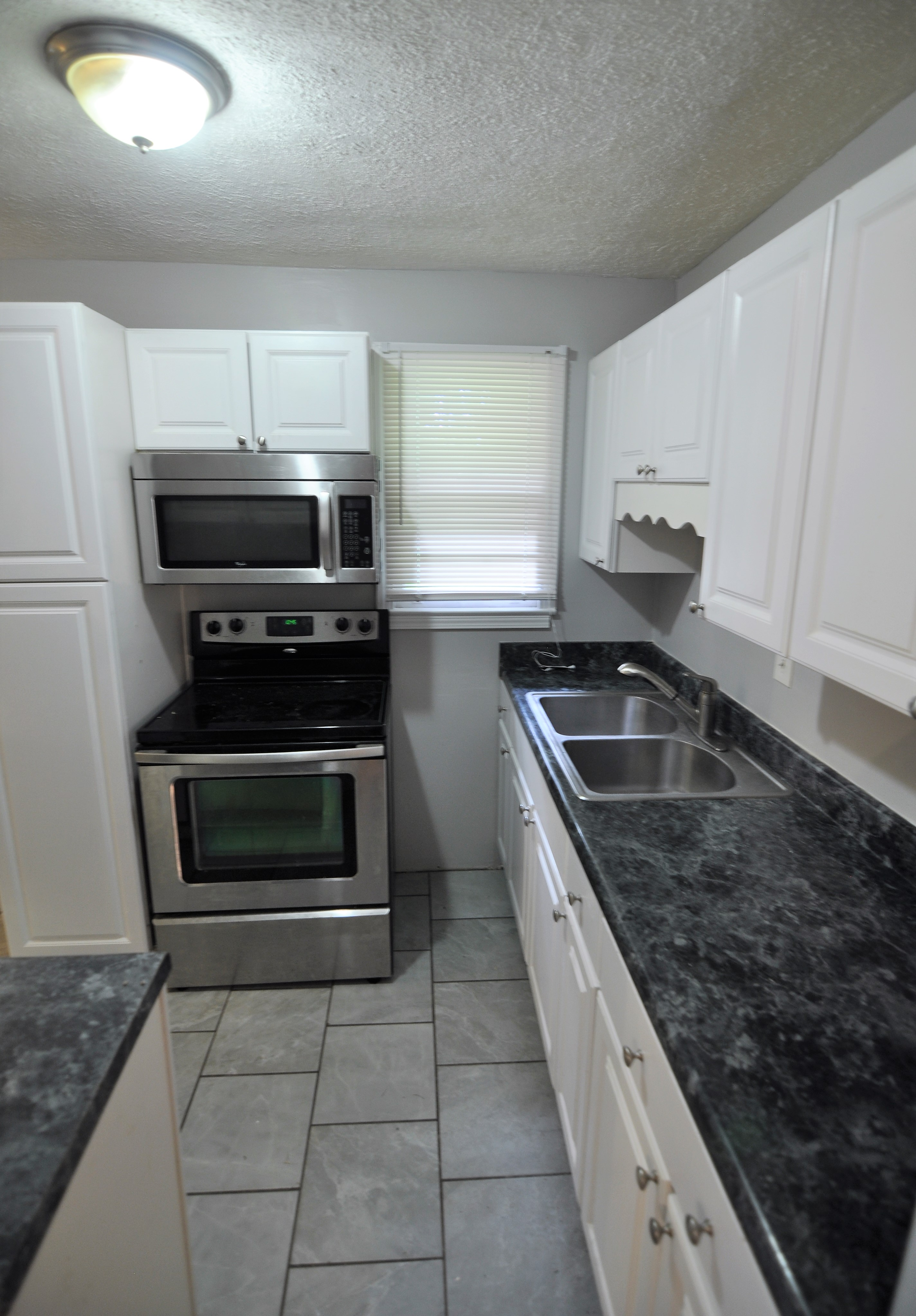 FOR RENT IN MONTGOMERY 3 BED 1 BATH AT 3534 FARWOOD DRIVE!