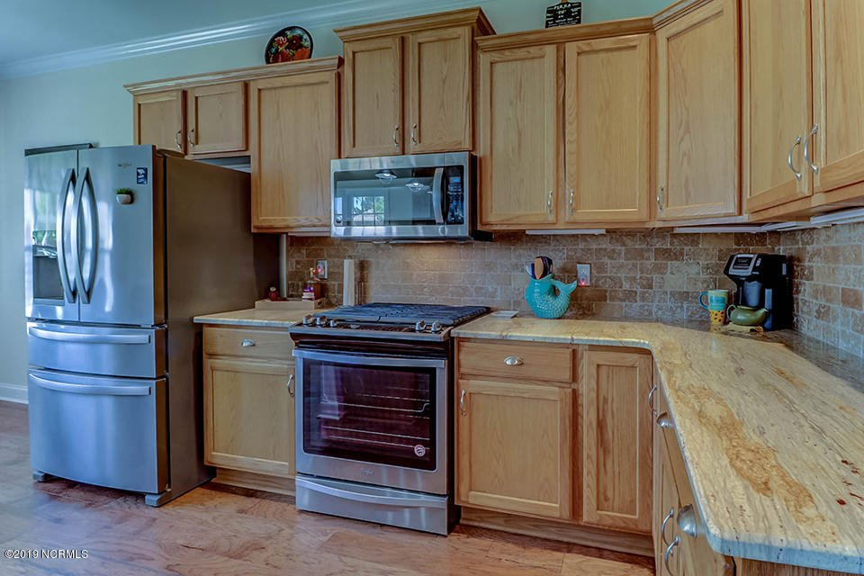 kitchen 825 merestone.jpg