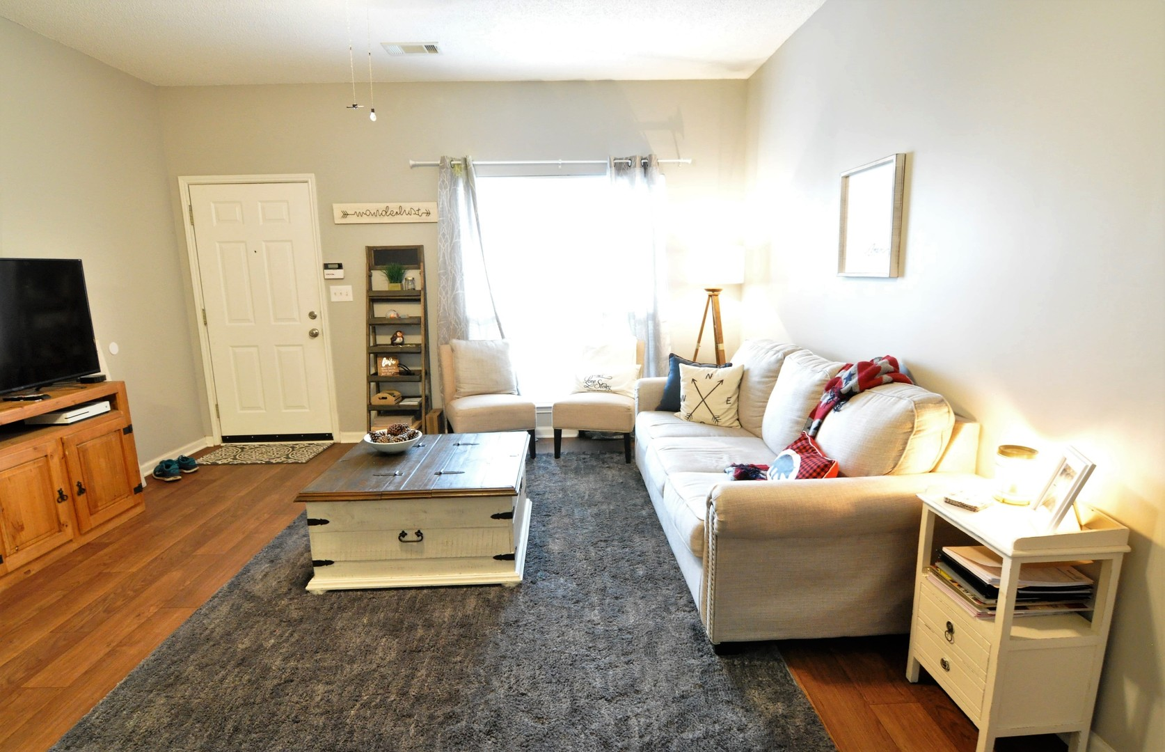 FOR RENT IN ELMORE! 1 BED 1 BATH AT 203 PINE MEADOW CIRCLE