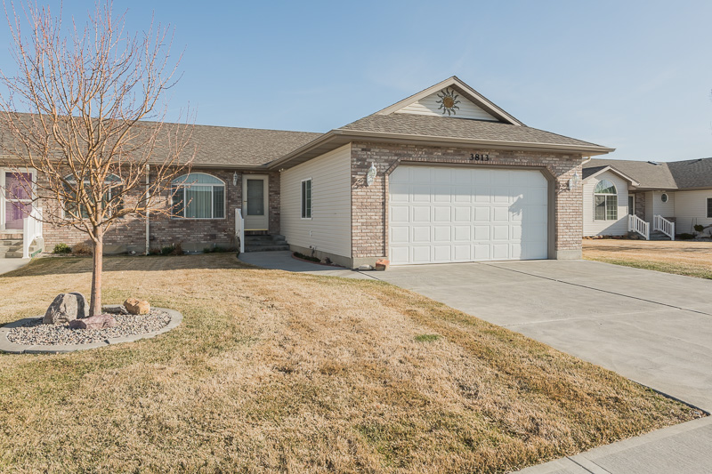 NEW TO THE MARKET! 3813 Briar Creek Circle, Ammon, ID 83406
