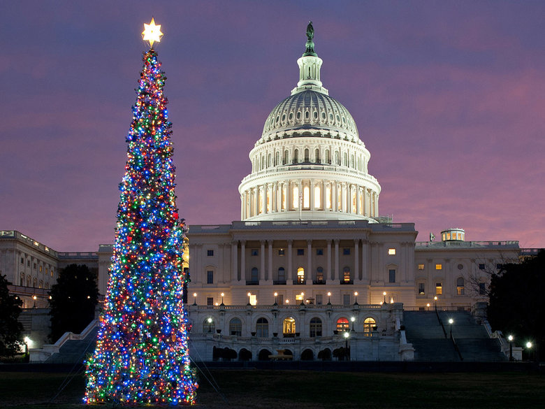 20 DAZZLING HOLIDAY LIGHT DISPLAYS & EVENTS IN WASHINGTON, DC