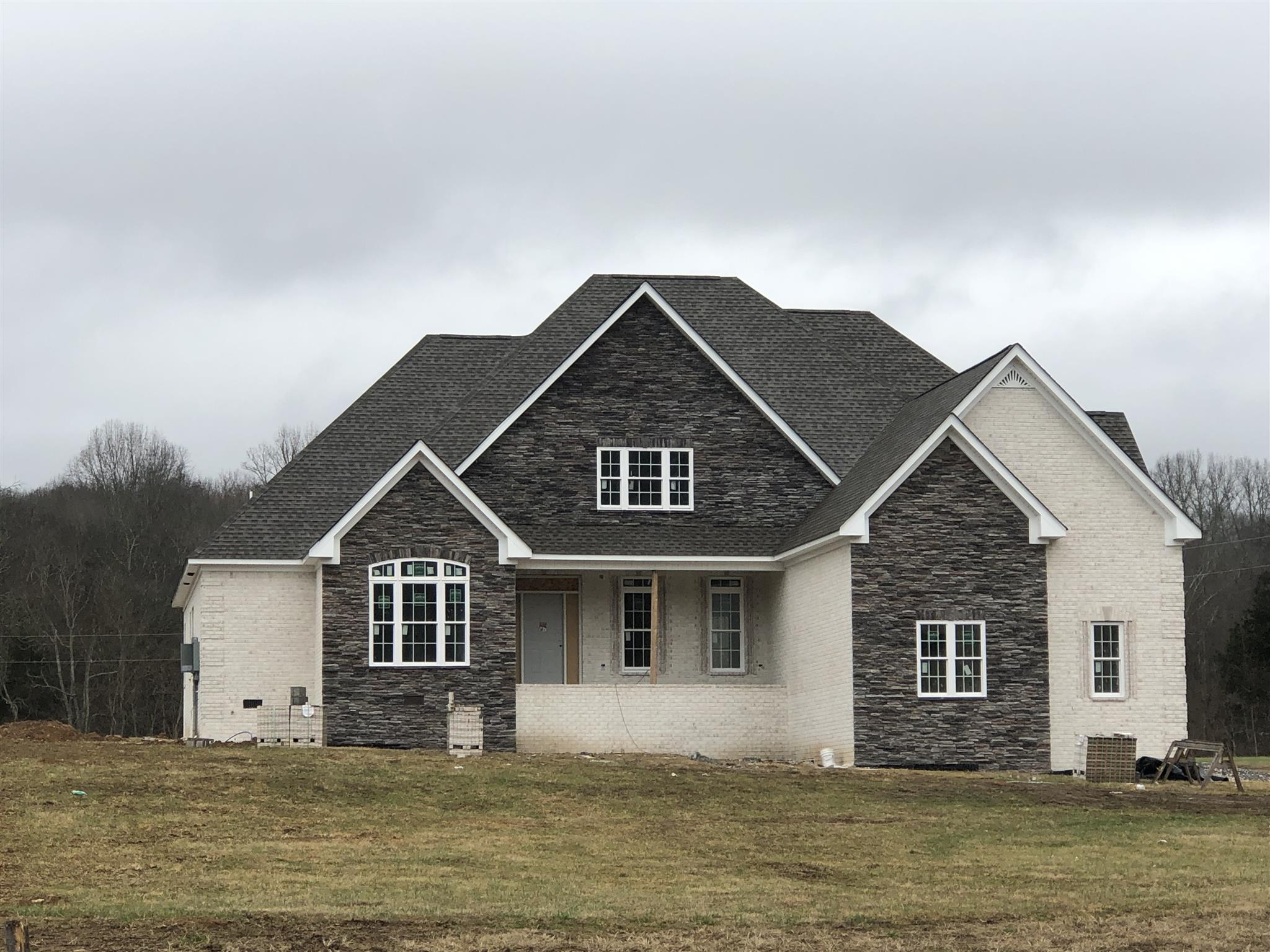 Gorgeous Open Floorplan Home Situated On Nearly An Acre at 1249 Sandy Valley Rd., Hendersonville, TN.  37075