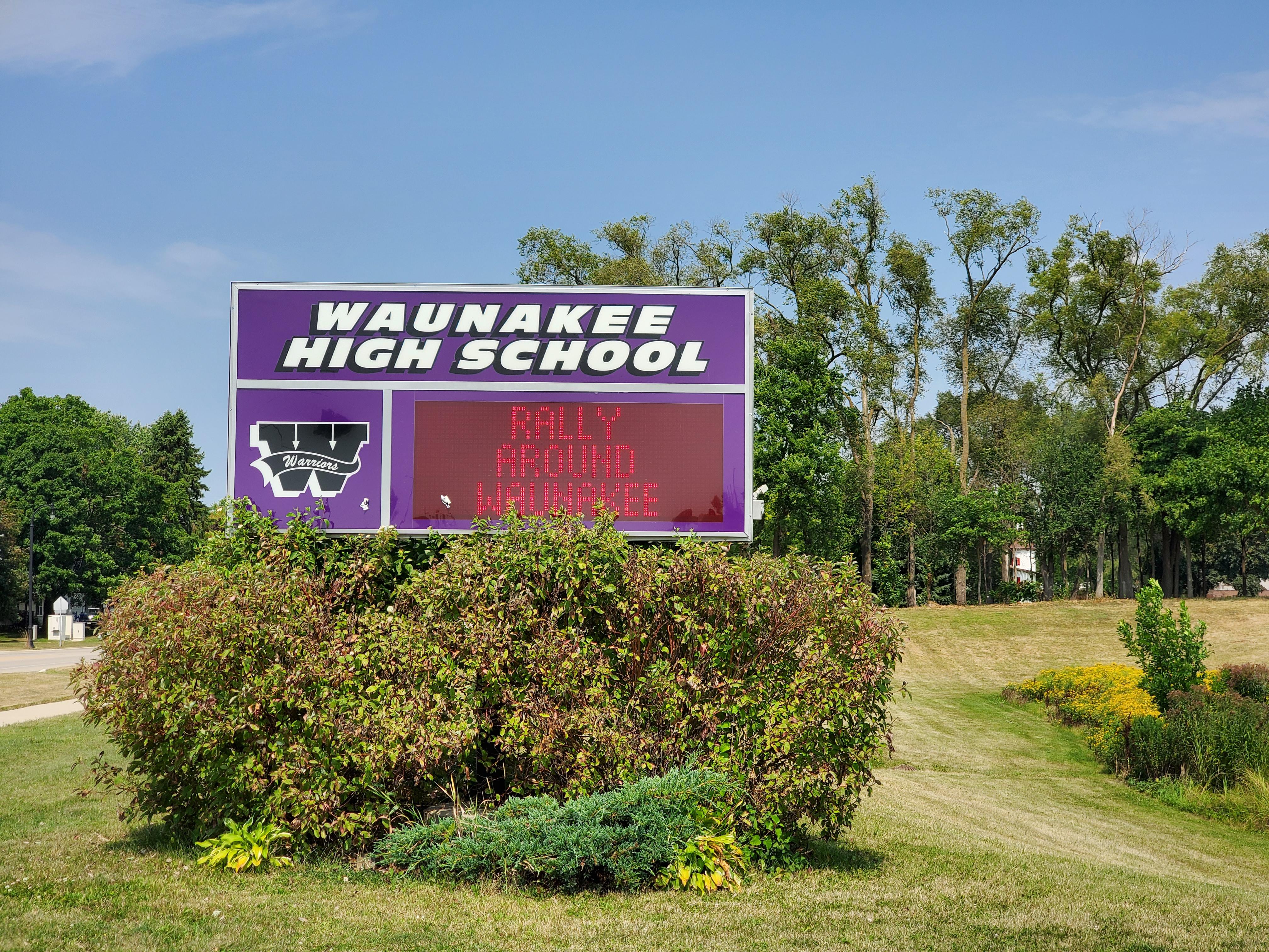 Waunakee6x.jpg