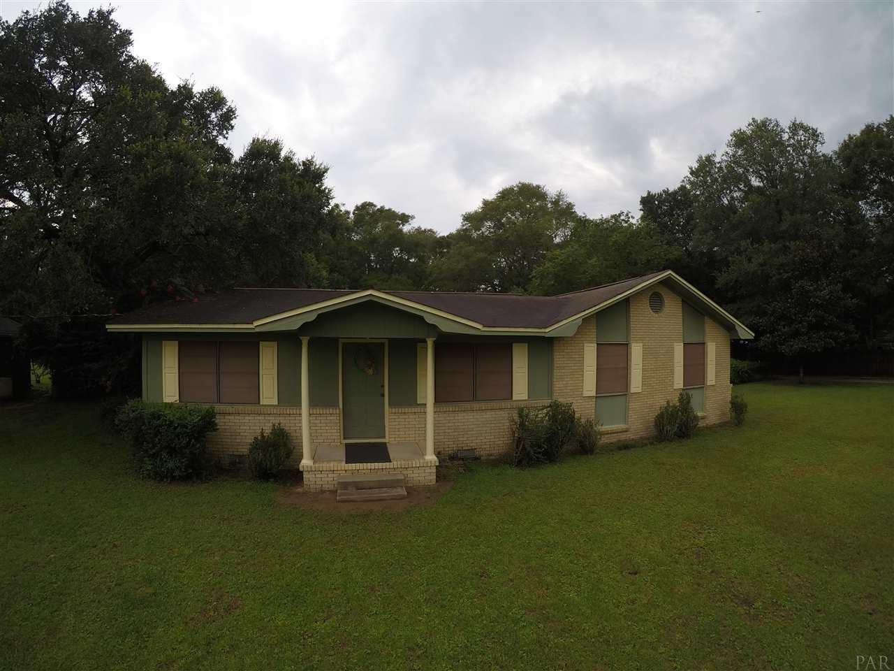 HOME AND ACREAGE IN PENSACOLA! Over 1,200 Square Foot Home on Nearly 1 1/2 Acres for ONLY $144,900!