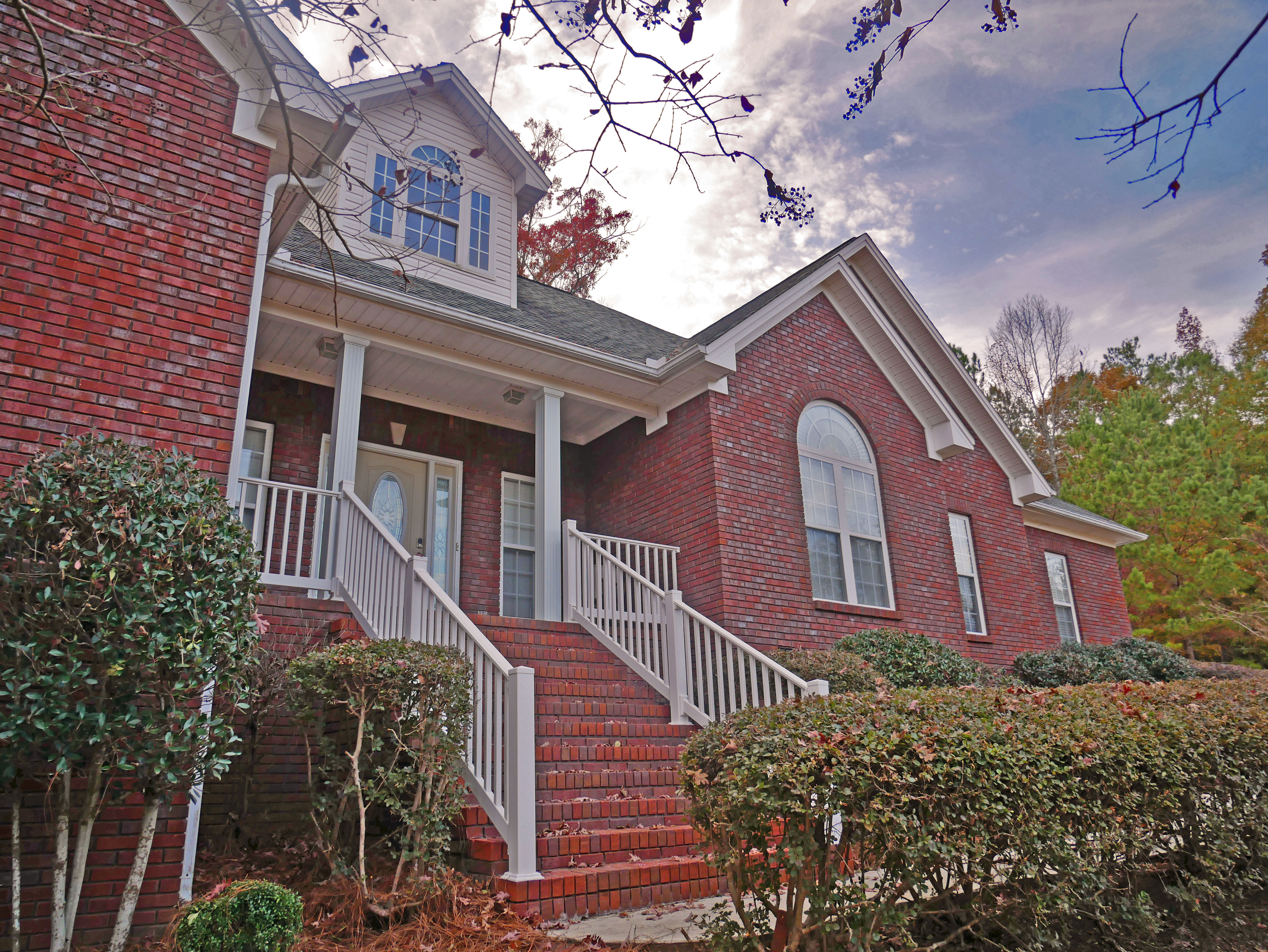 FOR SALE IN PRATTVILLE! 4 BED 3 BATH AT 1004 WINDRUSH LANE