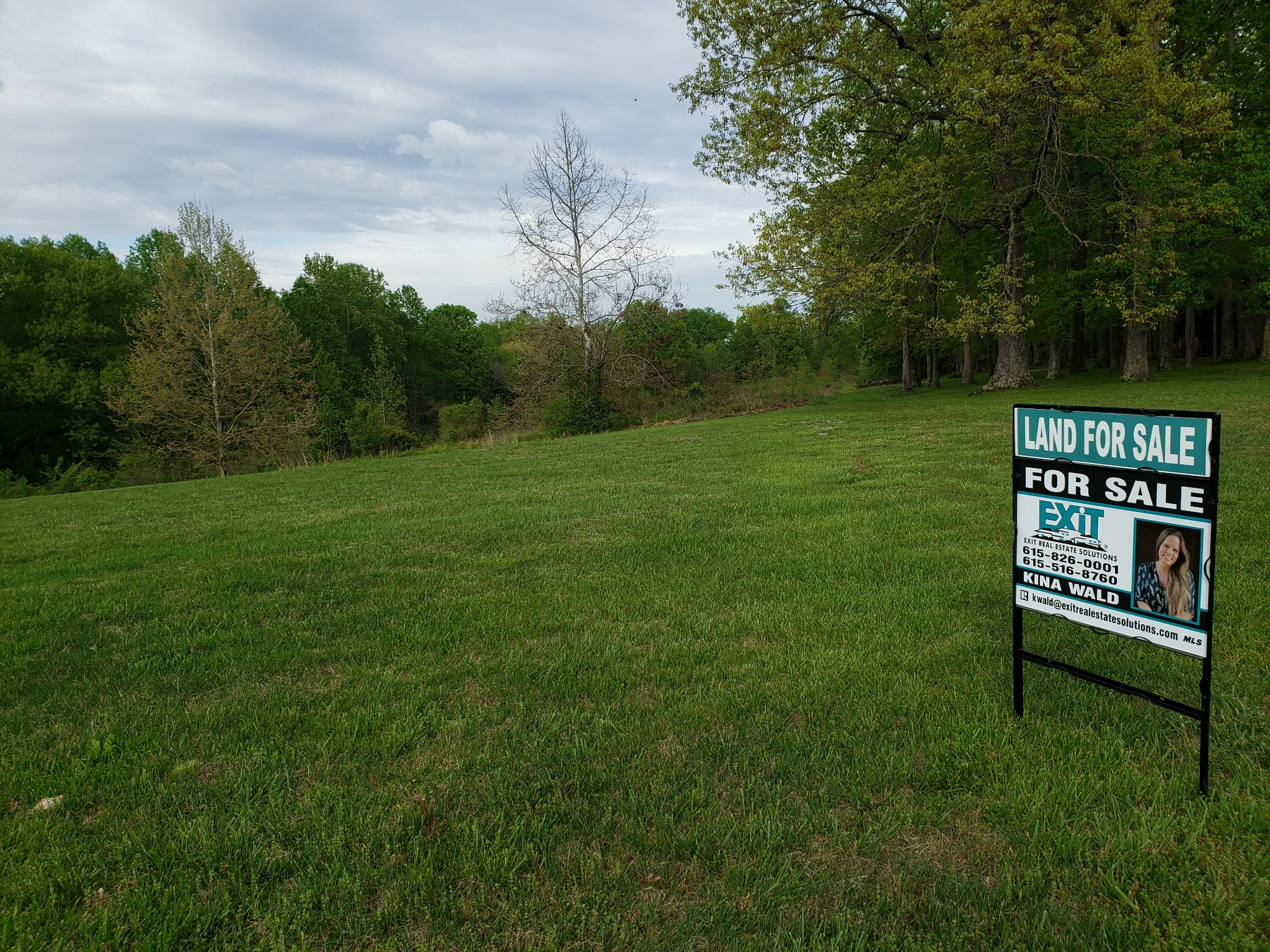Build Your Dream Home On 25 Acres!  0 Alameda Drive, Portland, TN.  37148