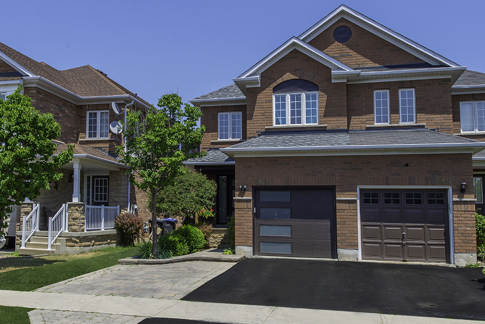 **SOLD** 5651 Topaz Place, Mississauga Real Estate MLS Listing