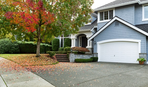 EXTERIOR HOME MAINTENANCE TIPS FOR FALL
