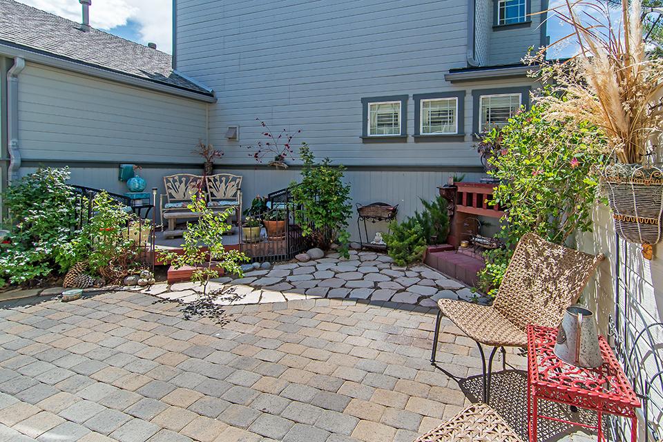 Fairway backyard .jpg