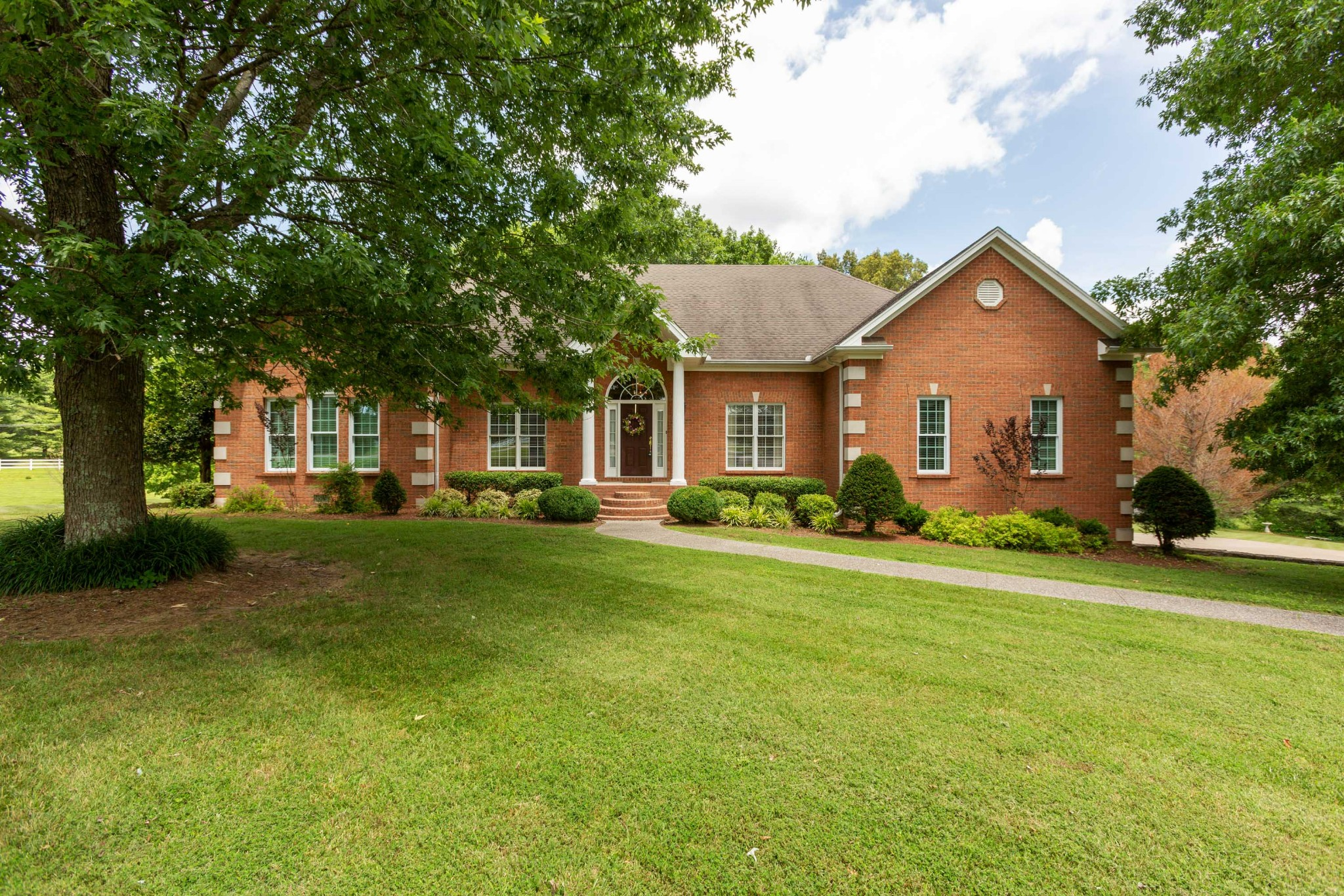 Beautiful Custom Built Home  On 3.39 Acre Lot!  1072 Pleasant Valley Rd. Lot 11, Greenbrier, TN.  37073