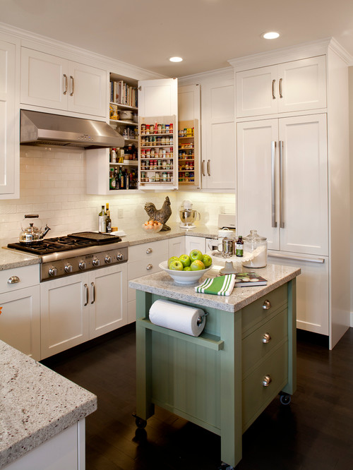 Small Kitchen with island.jpg