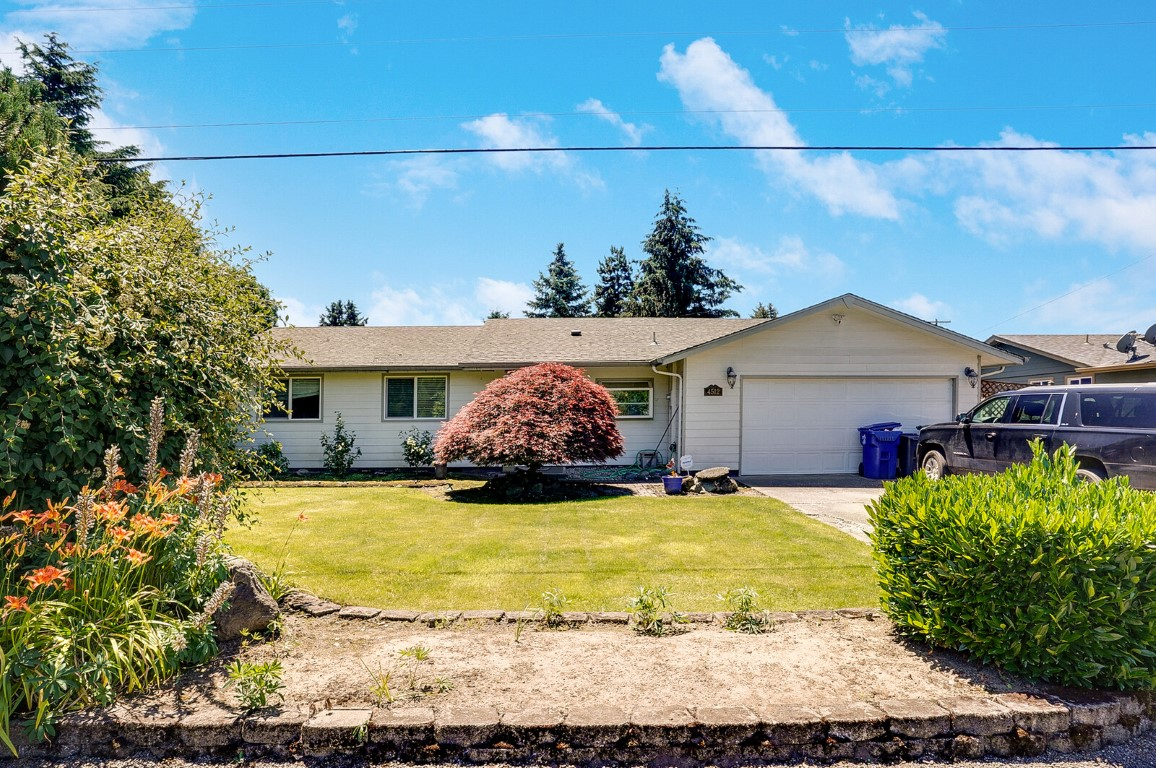 4512 Herrin Rd NE: Simply Delicious Salem OR Home!