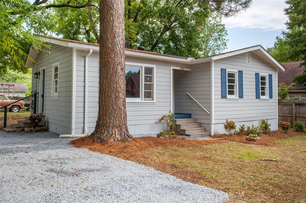 FOR RENT IN MONTGOMERY! 3 BED 1 BATH AT 2010 GREENVILLE STREET