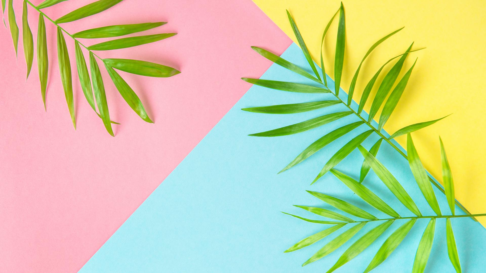FREE Summer Digital Wallpapers