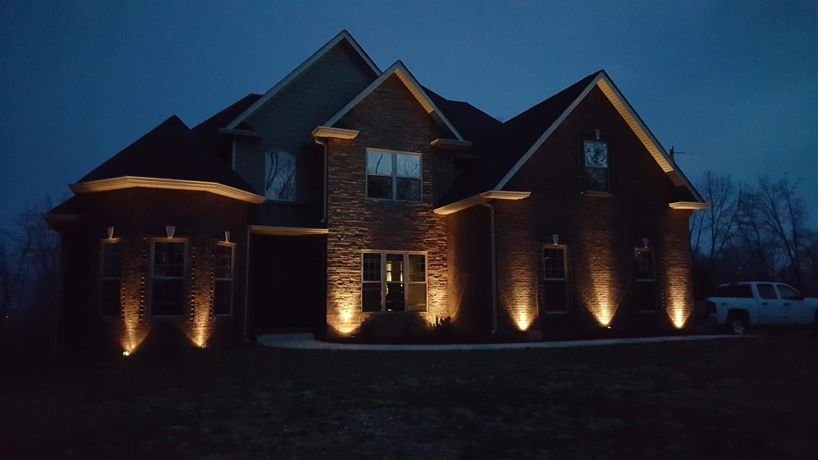 Beautiful 4BR/3BA Custom Home On 2 Acre Lot!  4225 Lylewood Rd, Indian Mound, TN, 37079
