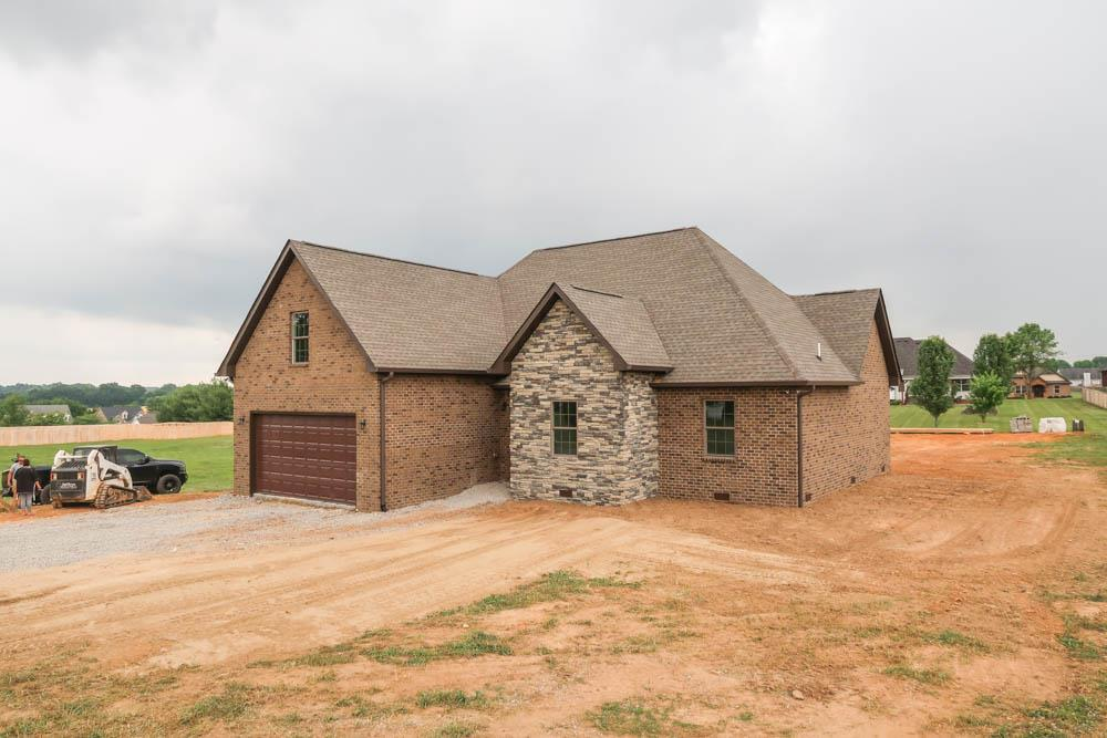 New Construction Home Full Of Upgrades And Custom Touches!  729B N. Russell St., Portland, TN, 37148