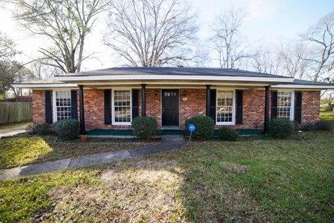 FOR RENT IN MONTGOMERY! 3 BED 2 BATH AT 1906 WORLEY LANE